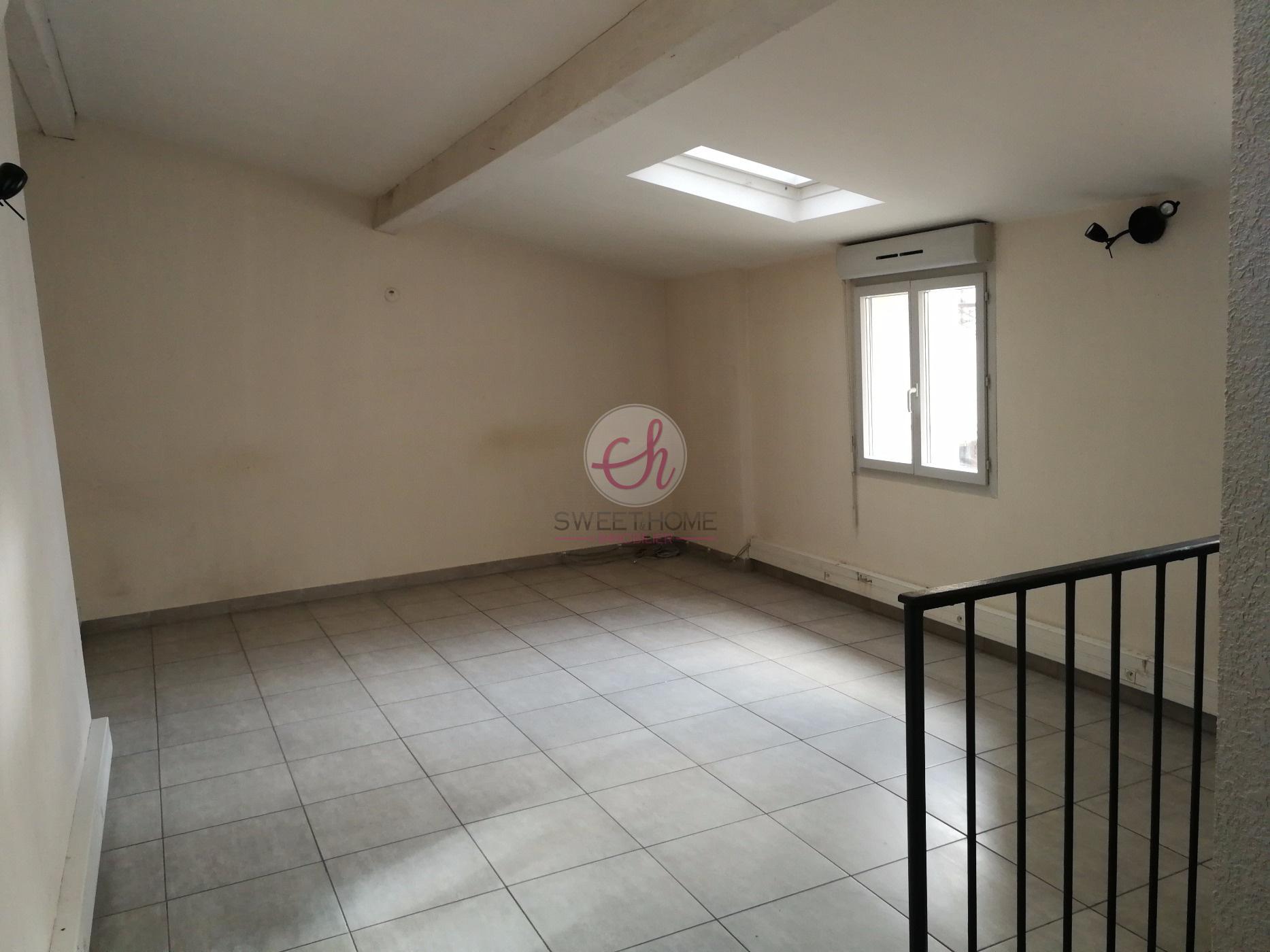 Location immobilier professionnel bureau m² zone franche